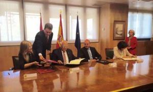 Assinam acordos que reestruturam a dívida de Cuba com a Espanha